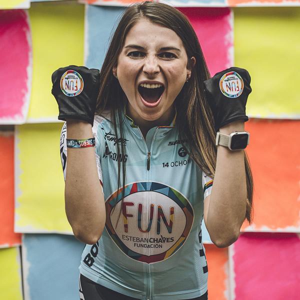 muestra jersey de ciclismo fundacion esteban chaves