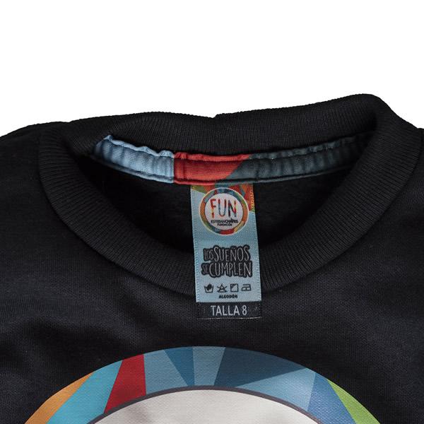 cuello redondo camiseta negra fundacion esteban chaves